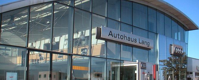 Verkauf Neuwagen der Marken VW, Audi und Skoda und Gebrauchtwagen aller Marken. KFZ Reparatur und Karrosseriespenglerei